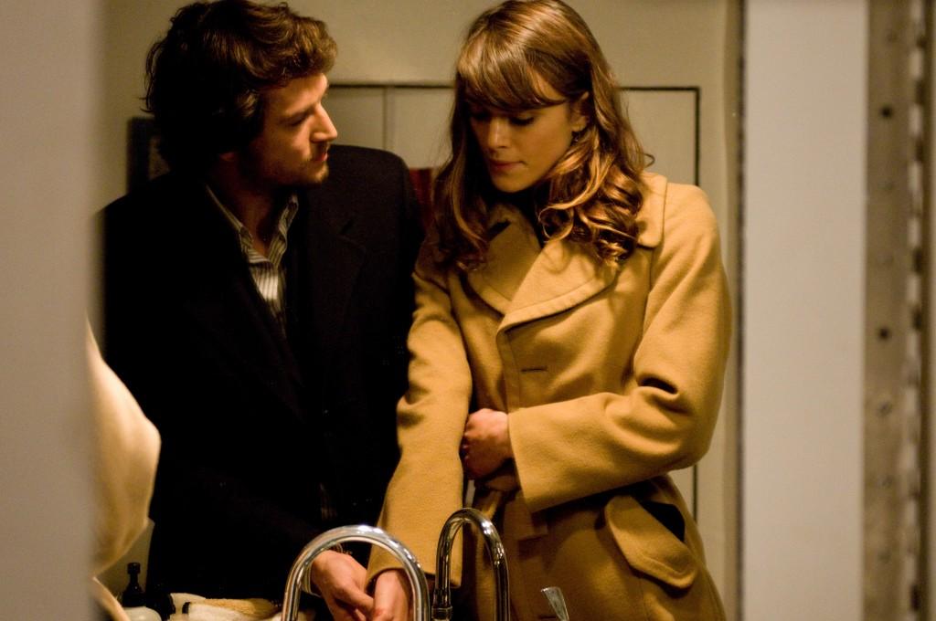 Joanna Reed (Keira Knightley) & Alex Mann (Guillame Canet)