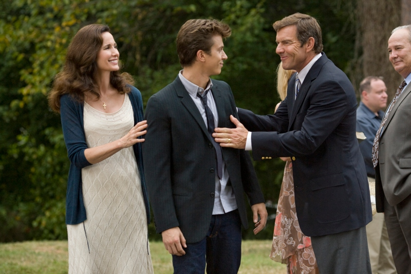 Kenny Wormald, Dennis Quaid and Andie Macdowell in Footloose (2011)